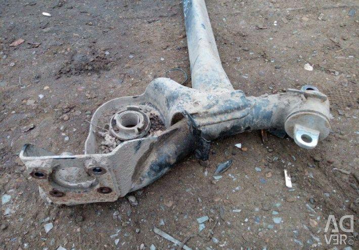 Балка подвески задняя Chevrolet Aveo T300 СЕДАН