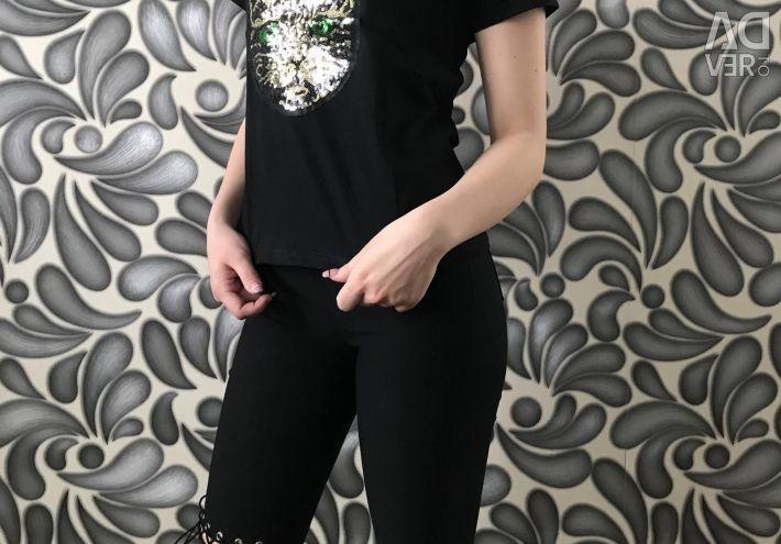 T-shirt / pants