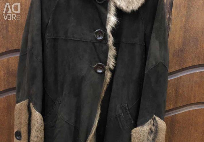 Θηλυκό παλτό από δέρμα προβάτου