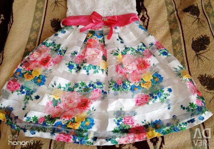 DRESS ON GIRL