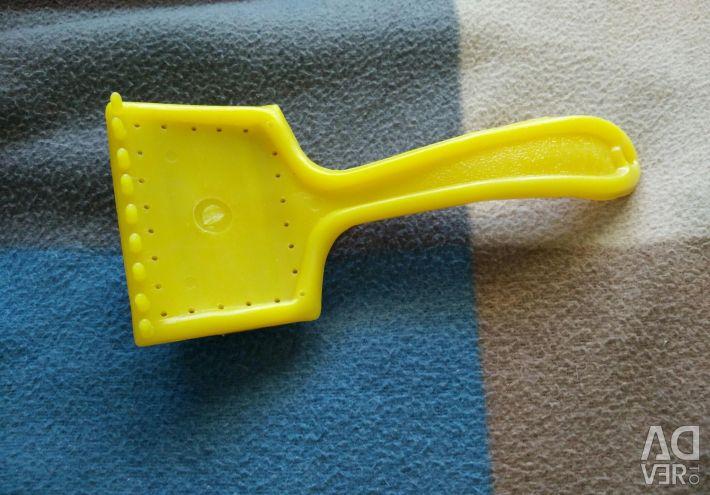 Brush-puller