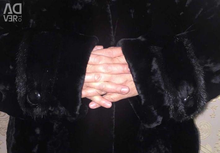 Fur coat mouton mink
