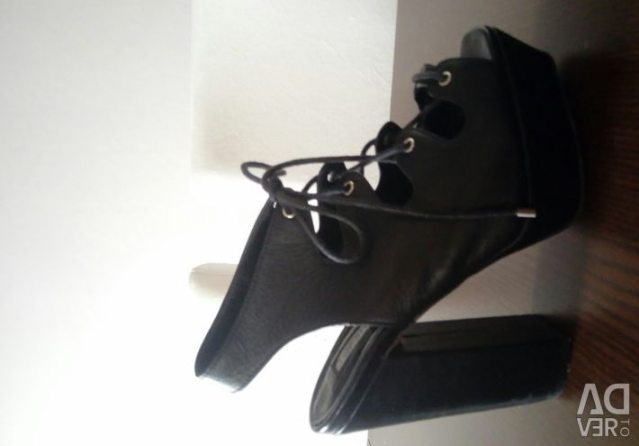 Topshop Black Heels din piele