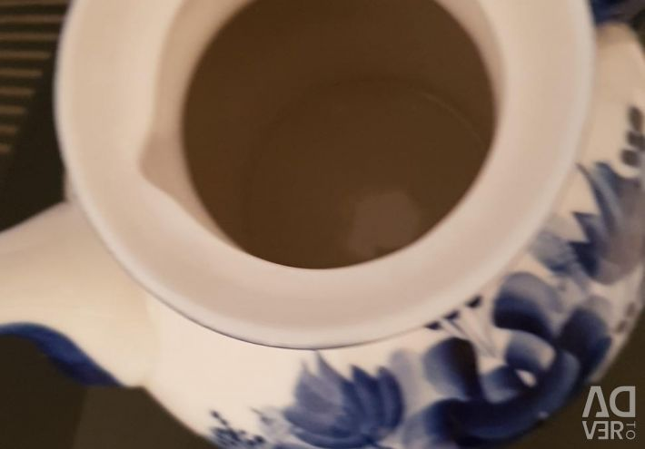 Gzhel teapot