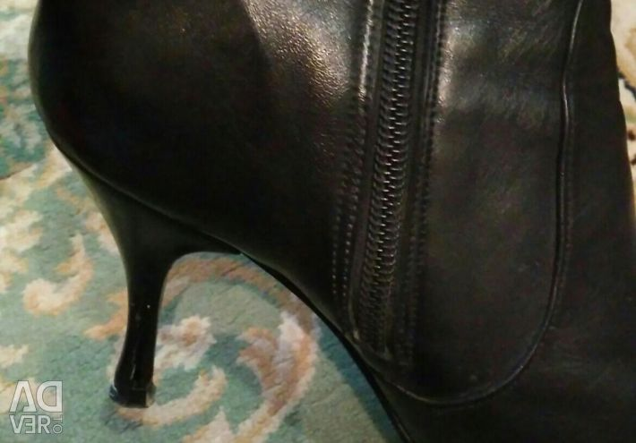 Genuine leather boots for fall