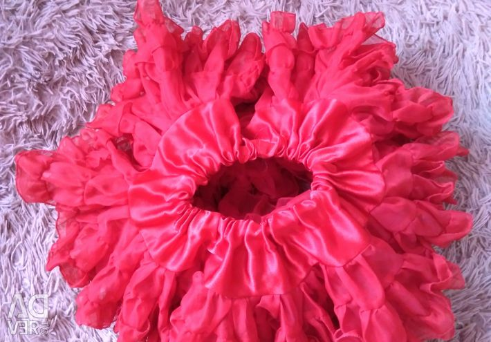 Very luxuriant skirt for a girl