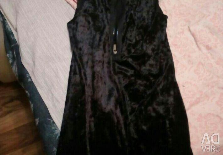 Evening dresses black, coral