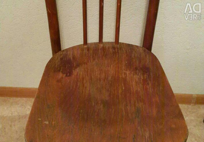 Καρέκλα 4 τεμ. ΕΣΣΔ σε καλή κατάσταση