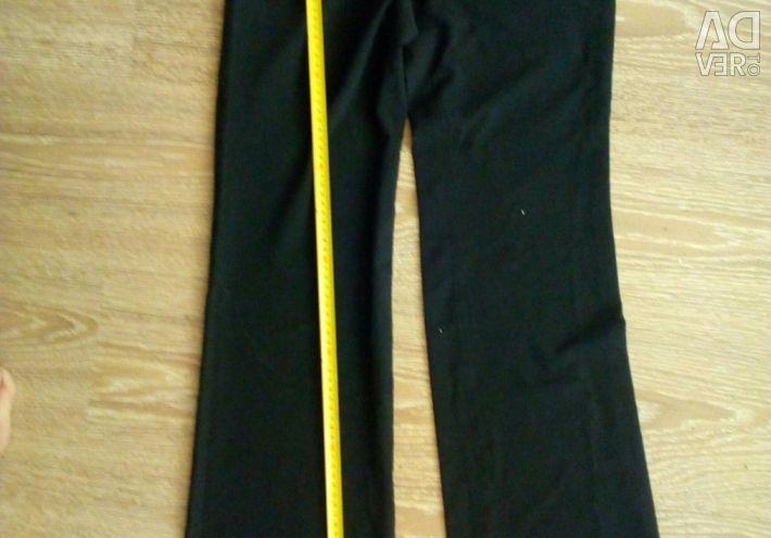 Χρησιμοποιημένα γυναικεία παντελόνια