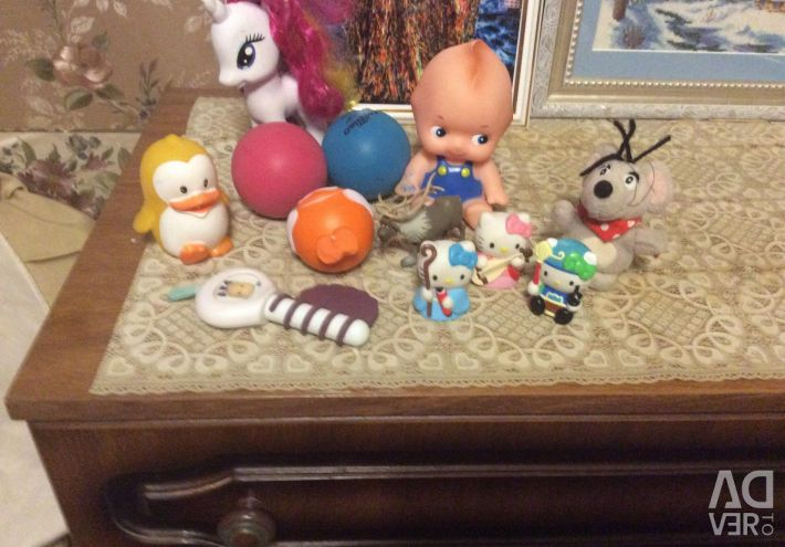 I will sell 12 toys