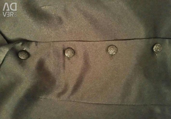 Σατέν κοστούμι με μακριά φούστα