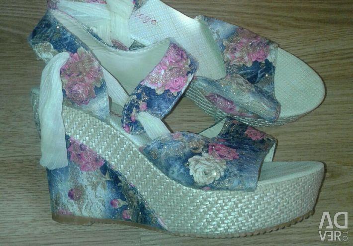 Sandals 39р