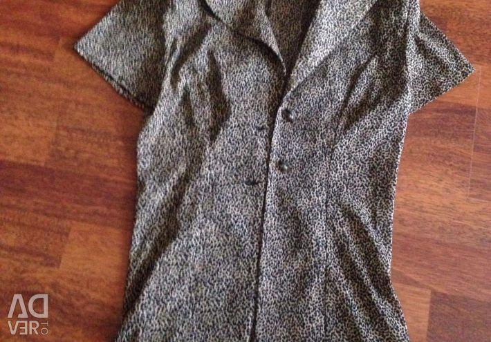 Rochii și bluze / 180 frecă fiecare