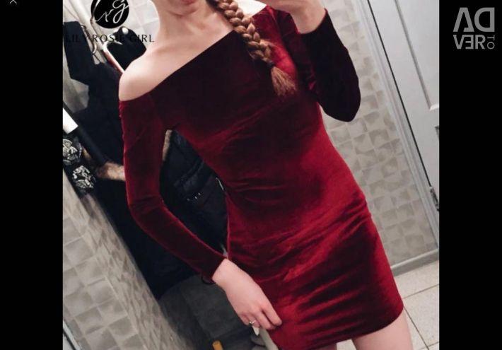 Оксамитове плаття S