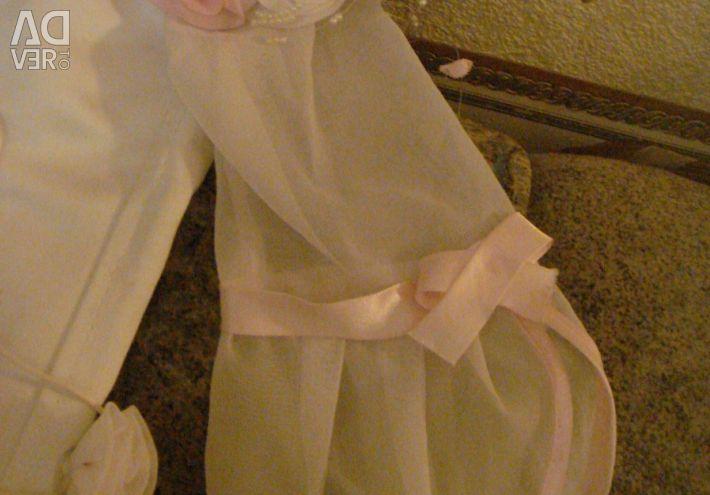 Elegant elegant dress for 8-12 years.