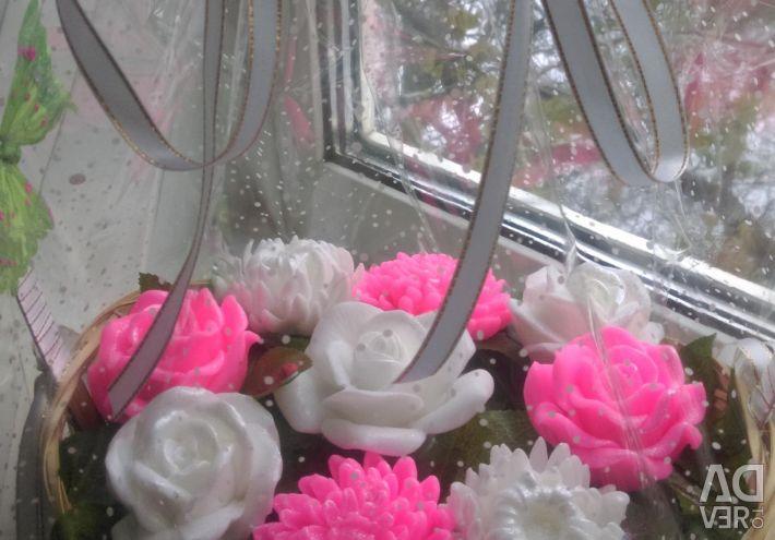 Coș de flori din săpun