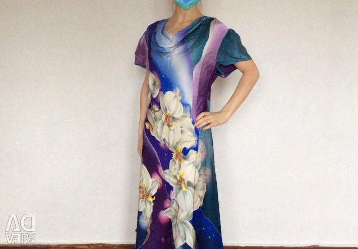 Эксклюзивное платье из шелкового атласа
