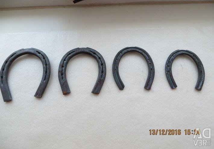 Horseshoe new four sizes