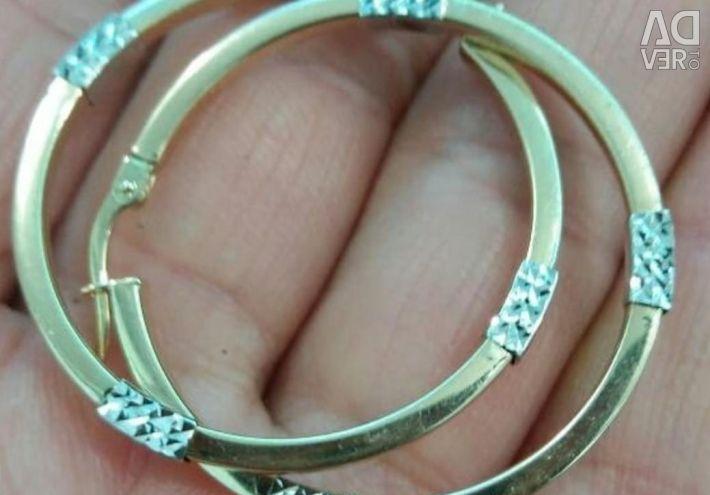Gold stylish earrings
