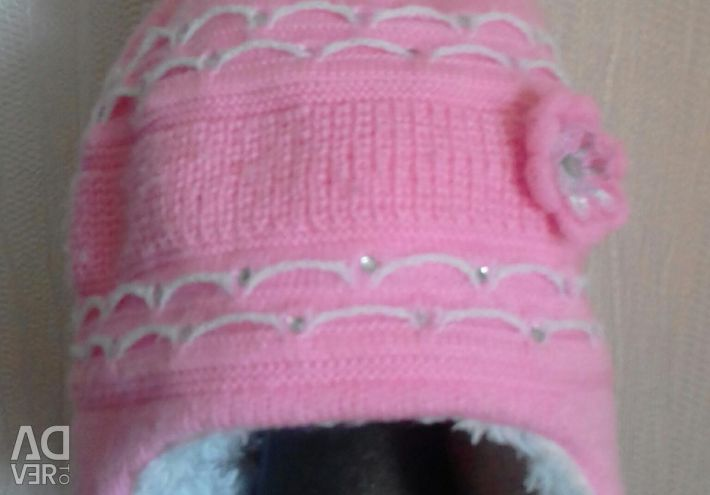 Warm hat for girls