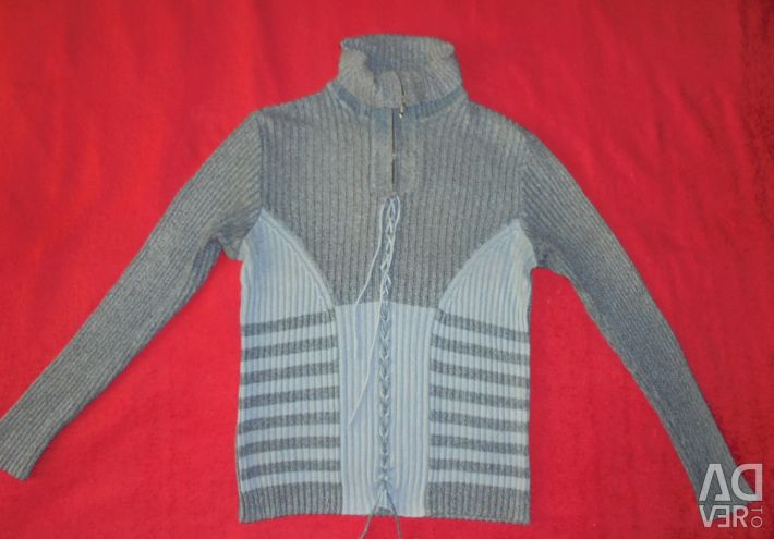 Warm sweaters in size 46-48, height up to 170cm