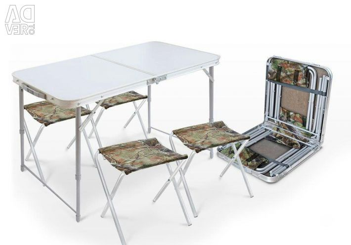 Folding table with 4 chairs