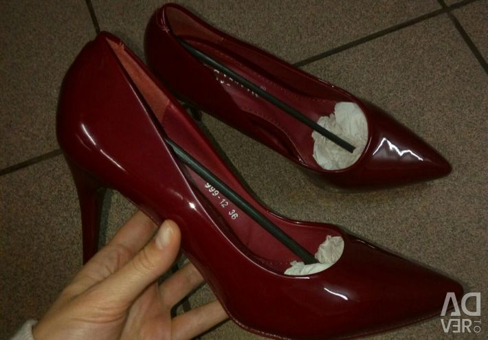 Heeled shoes 8cm heel