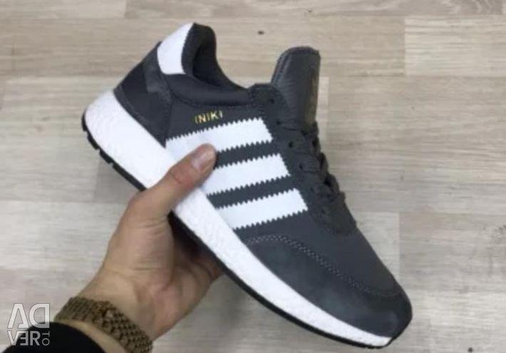 Кросівки adidas Iniki Grey