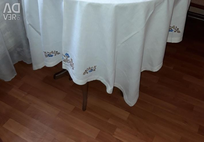 Absolutely new linen tablecloth of the USSR