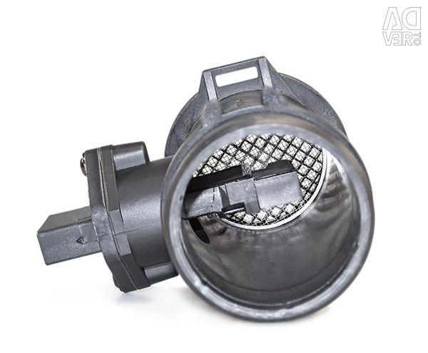 Mass air flow sensor Mercedes C208 CLK coupe (97-02), Sprinter (901-905) / Sprinter Classic (909) (95-06), Vito (638) (96-03), W202 (93-00), W210 E-Class (95-00), W210 E-Class (00-02), Ssang Yong Korando KJ (96-06)
