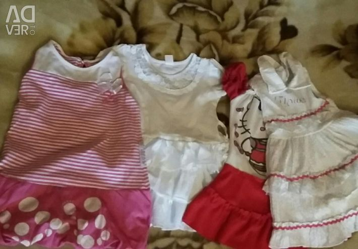 Dresses for a girl 2-3 years
