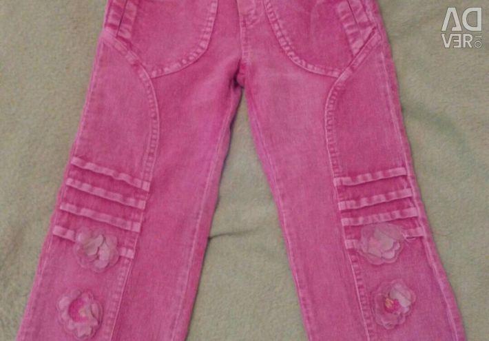 Παντελόνι για ένα κορίτσι 2-3 χρόνια.