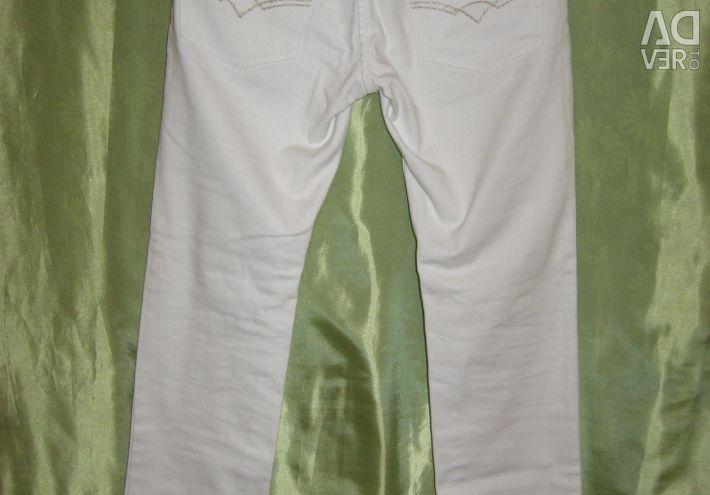 White jeans p46