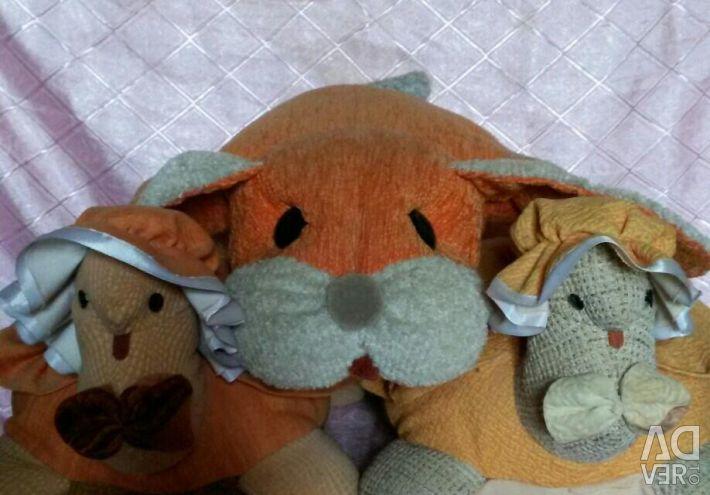 Подушки-іграшки