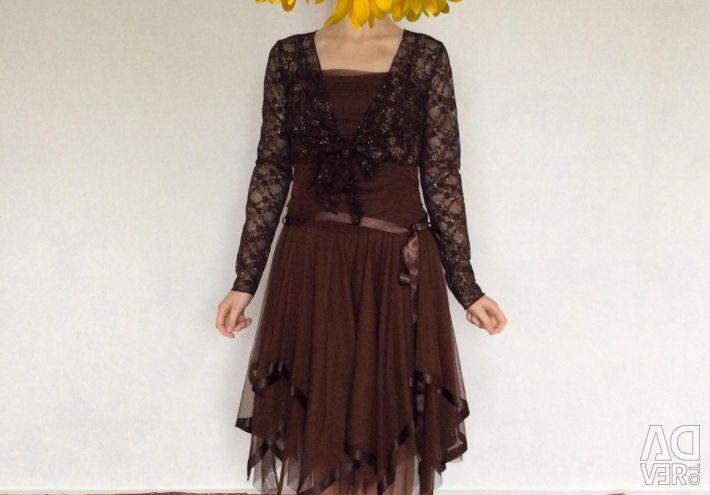 Κομψό, ευάερο φόρεμα, σοκολάτα