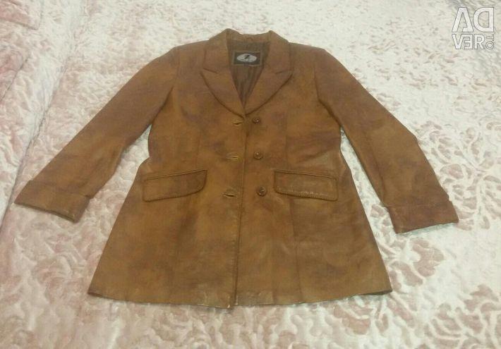 Срочно!!! Кожанный пиджак Весна-Осень