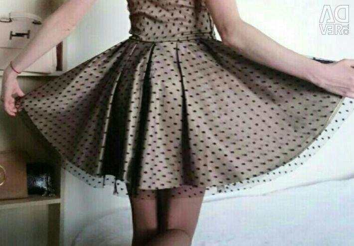 Корсетні плаття 40-42