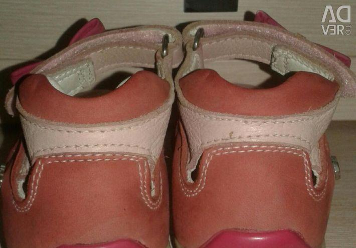 Sandals perlina