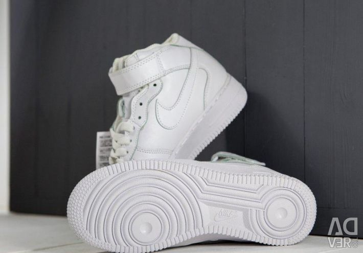 Nike Air Force 1 χειμωνιάτικα λευκά πάνινα παπούτσια