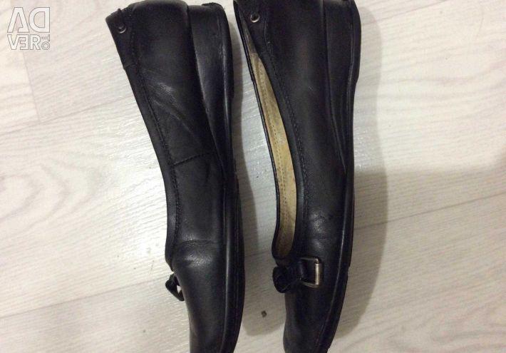 Pantofi pentru femei negru, PIELE