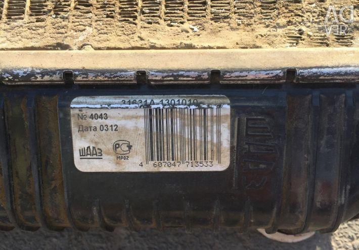 The radiator on the UAZ patriot