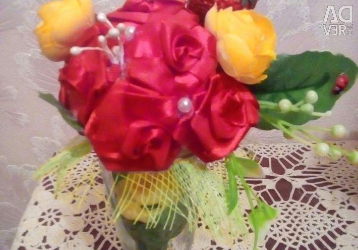 Bir cam Topiary çiçek kompozisyon