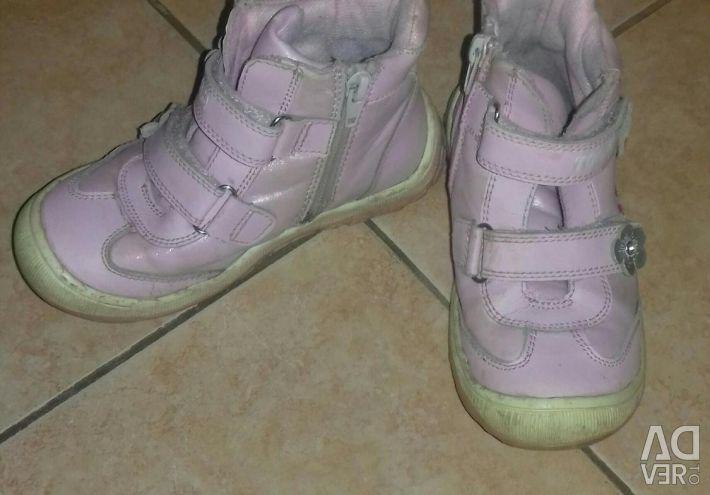 Ботинки д/с размер 28