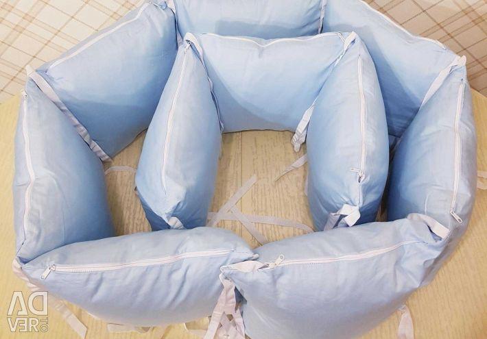 Fețe pe un pat (ComfortBaby)