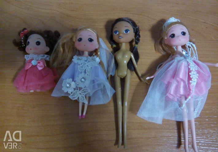 Διαφορετικές κούκλες