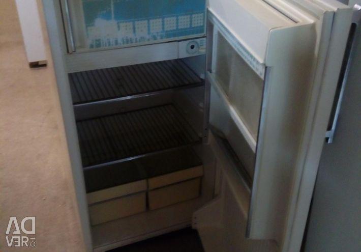 Продам хололільнік Мінськ 10 бу