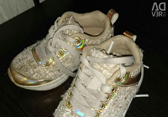 Sneakers for girls