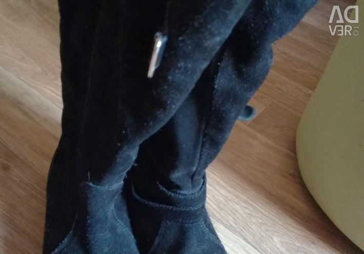 Φυσικές μπότες σουέτ
