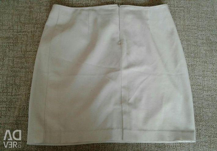 Skirt pencil overstated waist pp 48-50.
