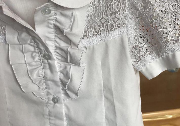 Νέο πουκάμισο για ένα κορίτσι